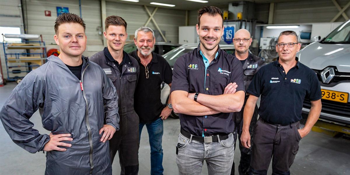 Van Gils Autoschade team